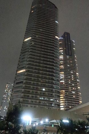 【武蔵小杉】タワマン停電、復旧のメド立たず 高層階でエレベーターを使えないのは致命的