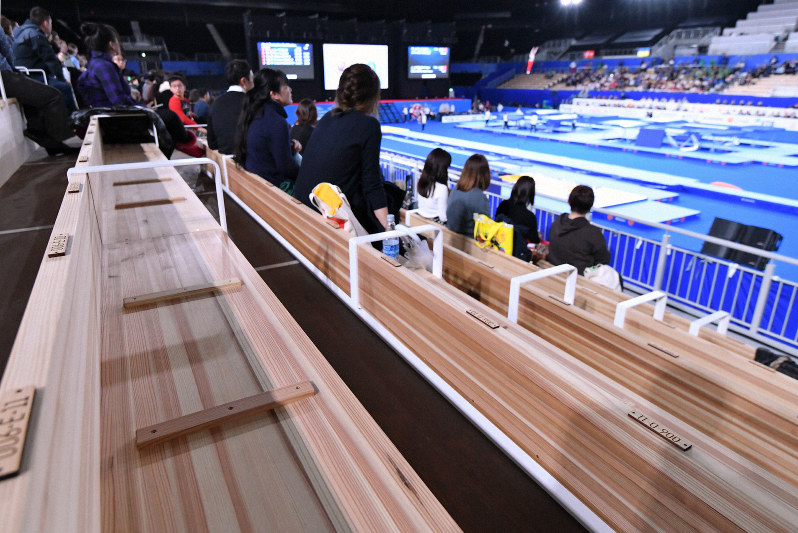 205億円かけた五輪会場の椅子 観客「ケツが痛い」 責任者「木のぬくもりを感じろ」