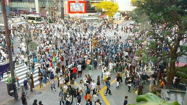 【首都】止まらない東京都への人口集中、1400万人も目前 「東京税が必要だな」「パンク寸前」という声相次ぐ