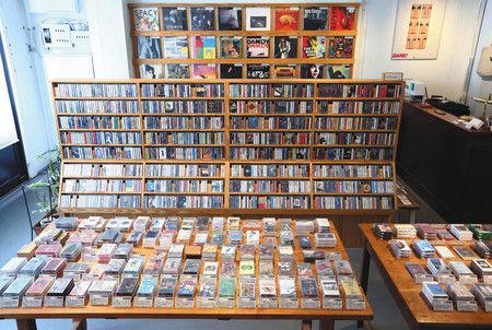 【カセットブーム】Amazon辞めてカセットテープ屋さんを始めたら 世界中からお客が来た