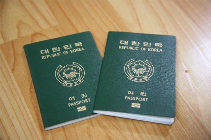 【韓国】パスポートはすべて日本産使用、韓国産は「不合格」で使えず=韓国ネット驚き「こんなの初耳」「なんとかして国産化を」