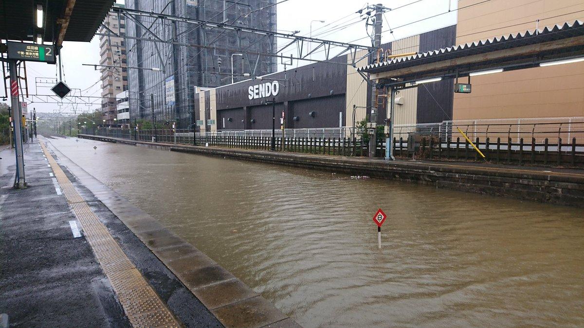 【画像】千葉 JR酒々井駅が川に
