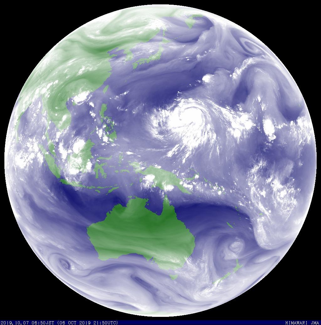 【3連休】台風19号さんハリケーンカトリーナと同レベルまで成長してしまう 絶望の関東上陸へ